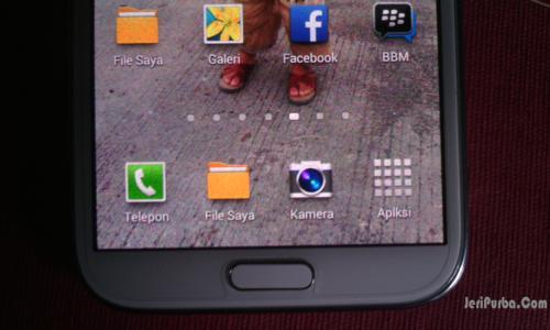 Jarak Tombol Menu Home Pada Samsung Galaxy Asli Dekat Dengan Layar