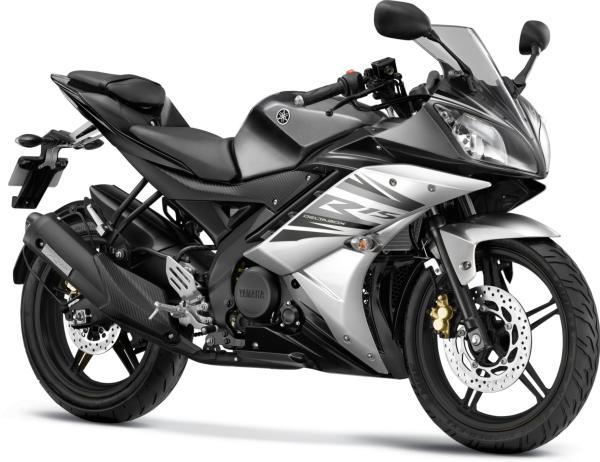 Gambar Yamaha R15 Warna Hitam (Midnight Black)