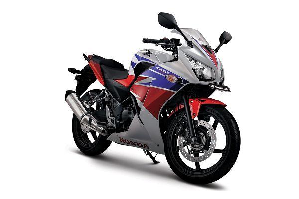 Gambar Motor All New Honda CBR Warna Putih (Three Colors)