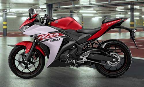 Gambar Motor Yamaha R25 Warna Merah (Diablo Red)