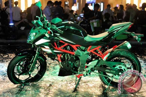 Harga Kawasaki Z250SL Beda Tipis Dengan Harga Ninja 250 RR
