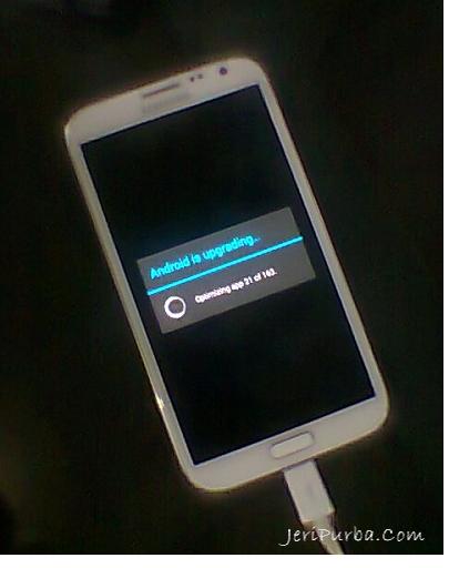 Proses Akhir dan Inisialisasi Android KitKat di Hp Samsung