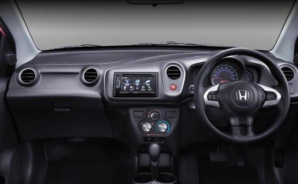 Gambar Interior Honda Mobilio RS