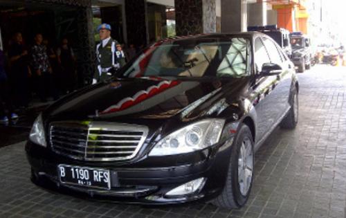 Mobil Kepresidenan RI - Mercedes Benz Anti Peluru