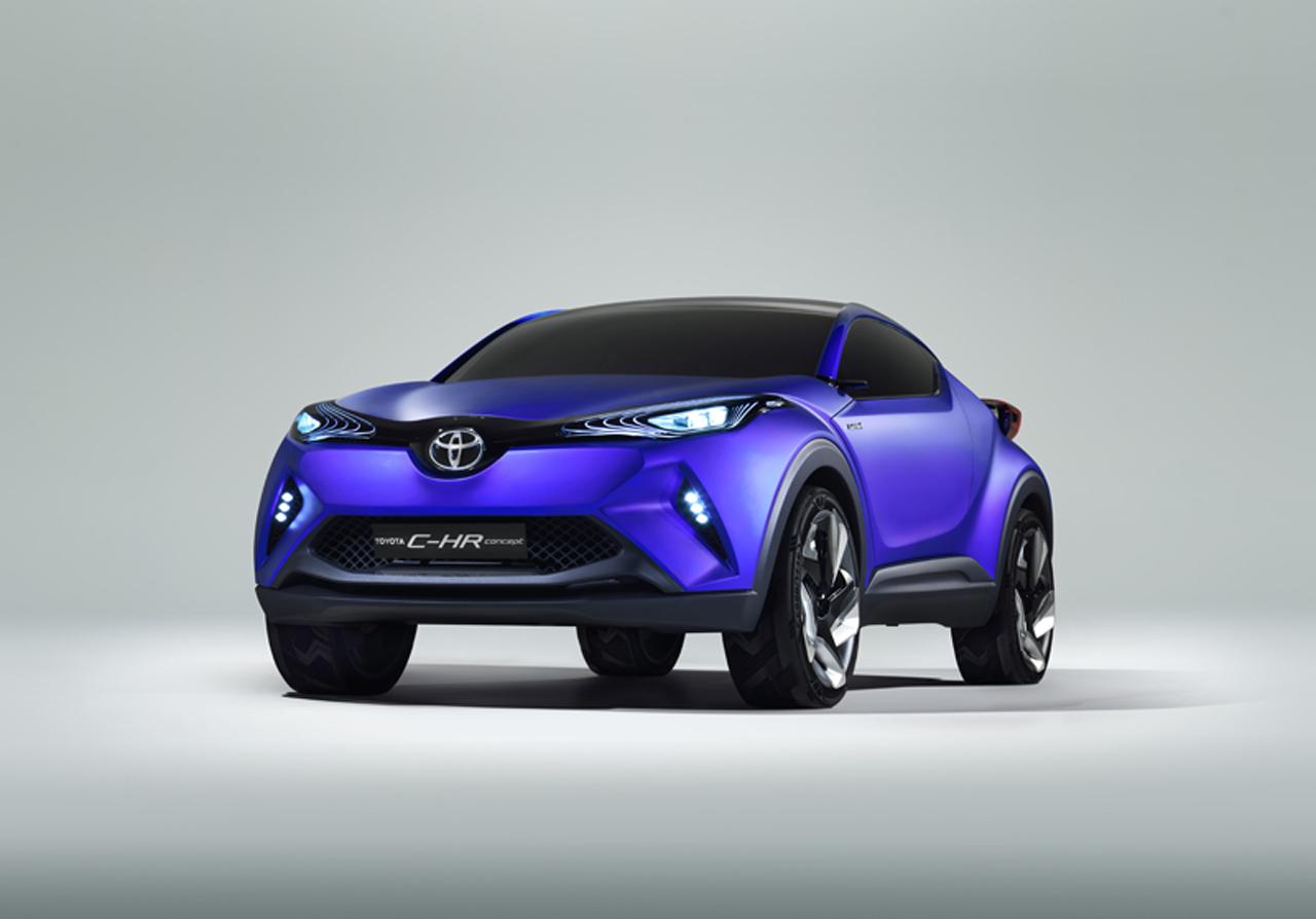 Gambar Mobil Toyota C-HR
