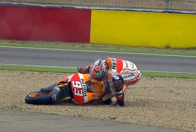 Marquez Terjatuh Dalam MotoGP 2014 Seri Aragon Spanyol