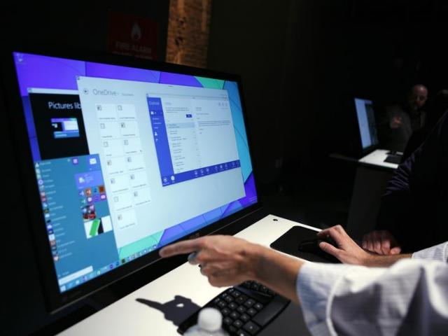 Demo Windows 10 Dalam Acara Di San Fransisco