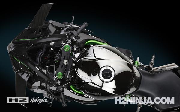 Gambar Tanki BBM Kawasaki Ninja H2 2015