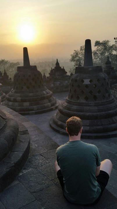 Mark Zuckerberg Saat Di Borobudur