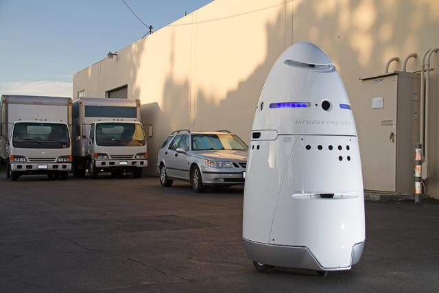 Robot Penjaga Keamanan K5