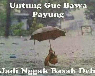 Banjir Di Jakarta Tidak Masalah, Selagi Ada Payung