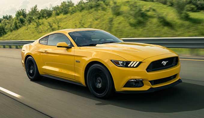 Harga Ford Mustang 2015