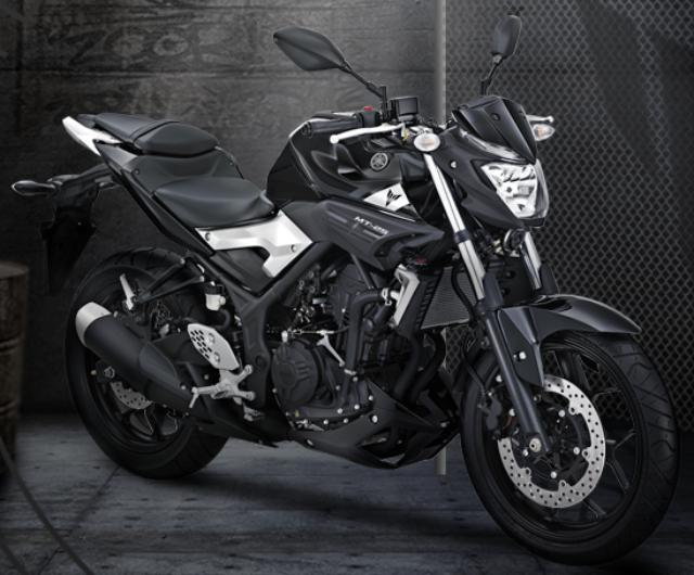 Gambar Yamaha MT-25 Warna Hitam.