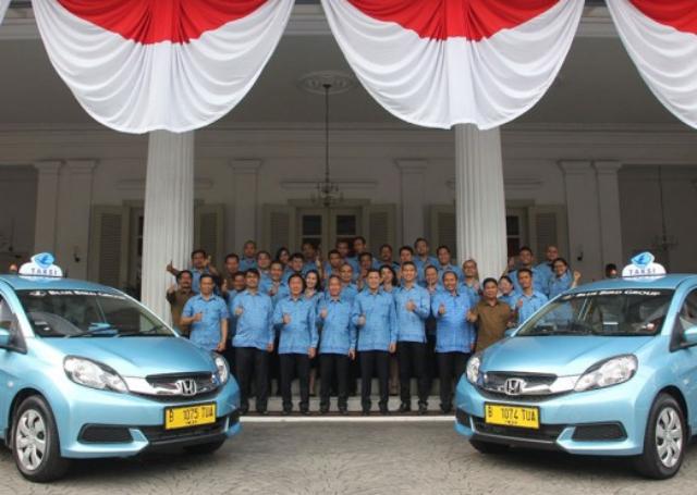 Peresmian Taksi Honda Mobilio Blue Bird Di Jakarta