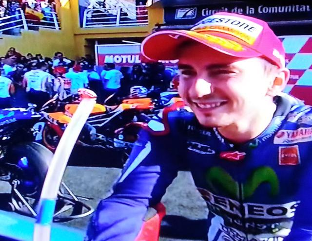 Hasil MotoGP Valencia 2015 - Lorenzo Juara.