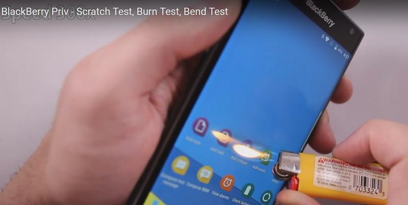 Layar BlackBerry Priv Android Ketika Dibakar