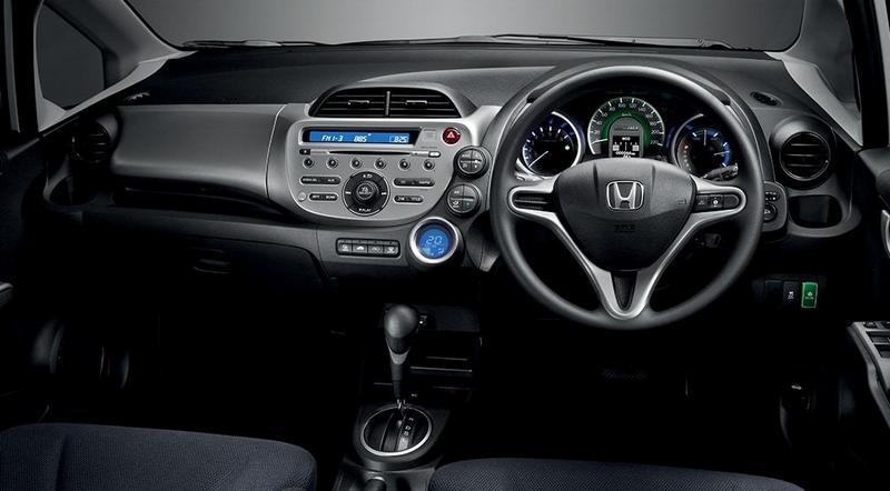 Gambar Interior Honda Jazz Hybrid Terbaru