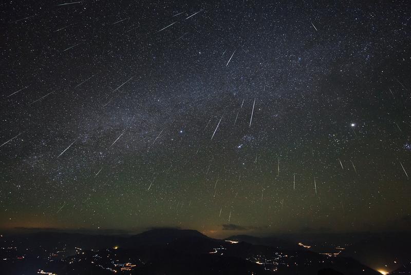 Meteor Geminid Malam Ini