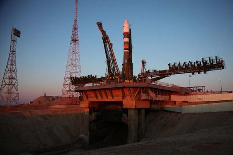 Satelit Kanopus-ST dan Roket Pendorong Soyuz-2.1B Milik Rusia Akan Jatuh Ke Bumi