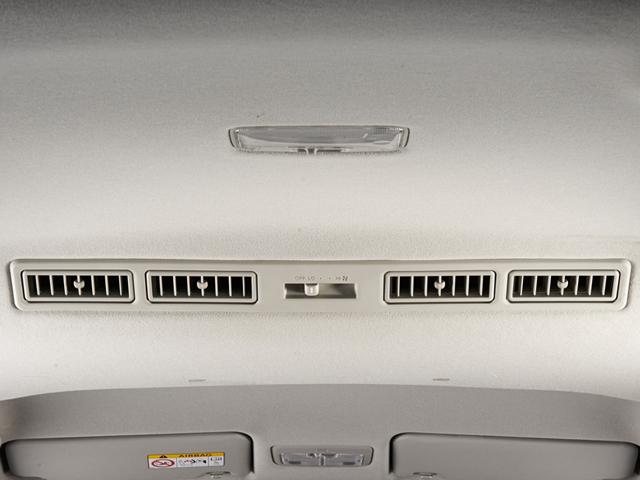 Toyota Sienta AC Double Blower