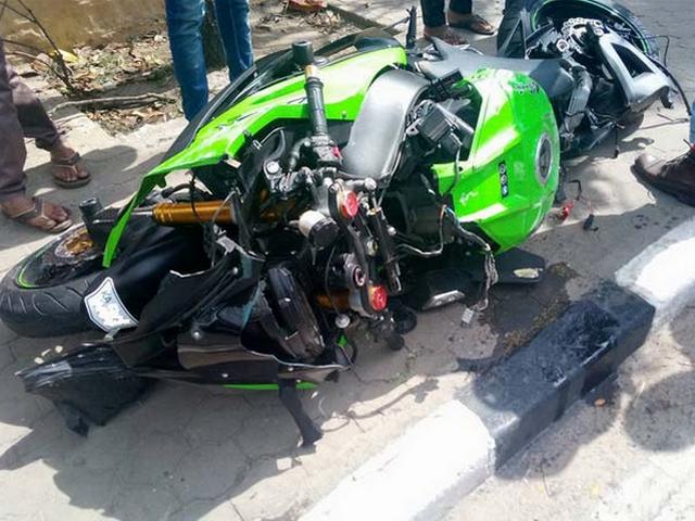 Gambar Kecelakaan Motor Kawasaki Ninja ZX10R