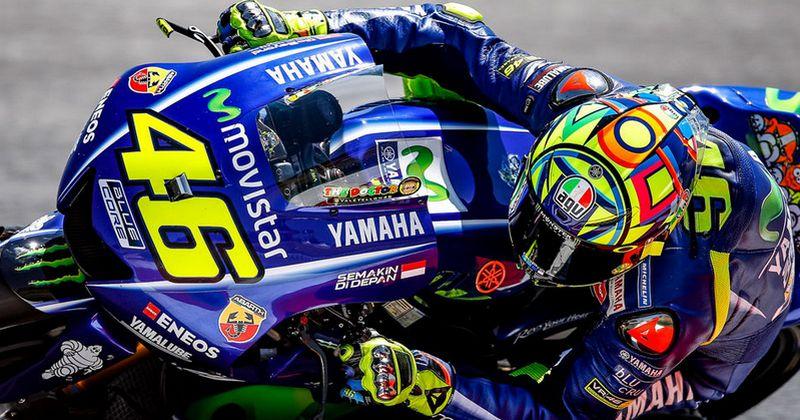 Gambar Rossi dengan Yamaha YZR-M1