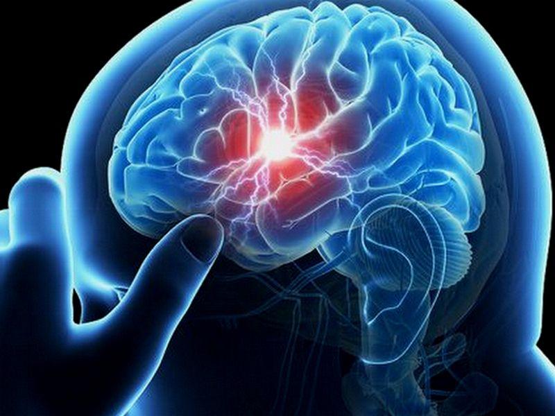 Gangguan Saraf Terjadi Akibat Main HP Sebelum Tidur
