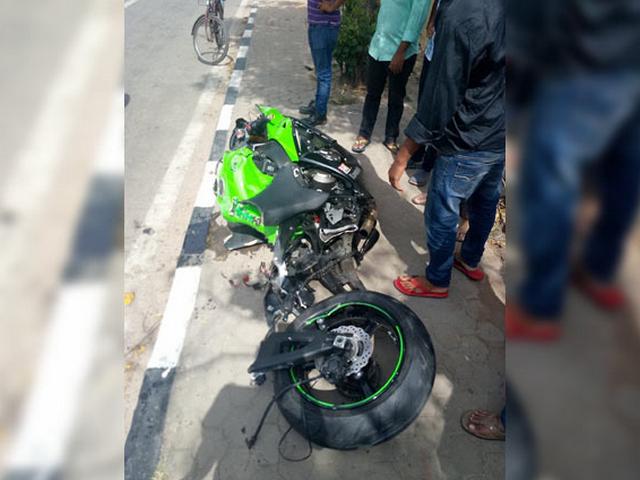 Kecelakaan Motor Kawasaki Ninja ZX10R
