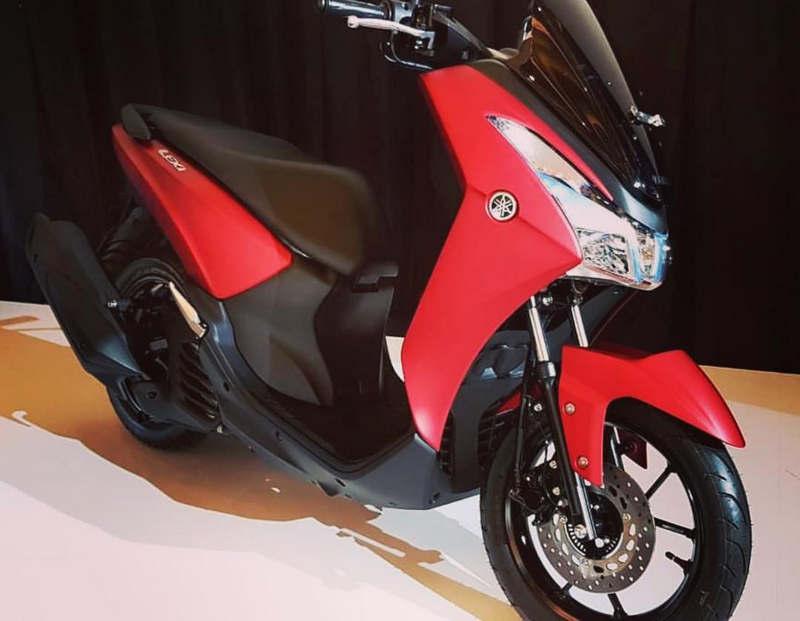 Yamaha Lexi 125 Warna Merah