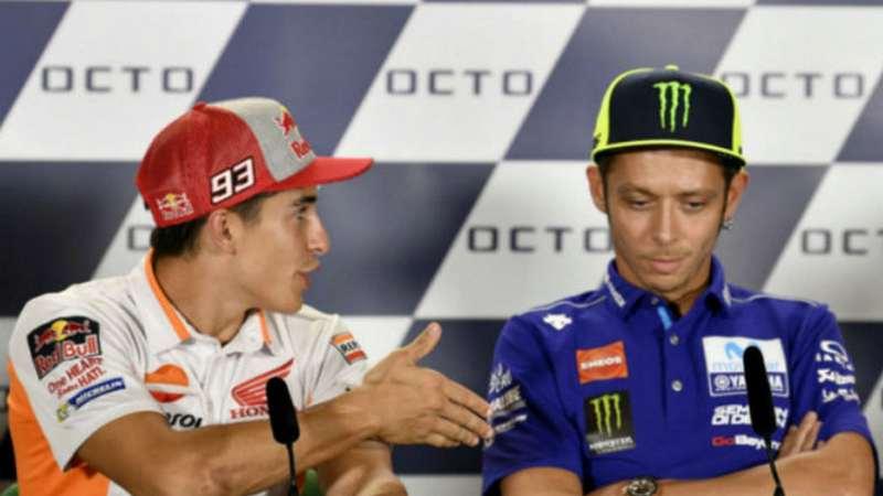 Rossi Tolak Bersalaman Dengan Marquez