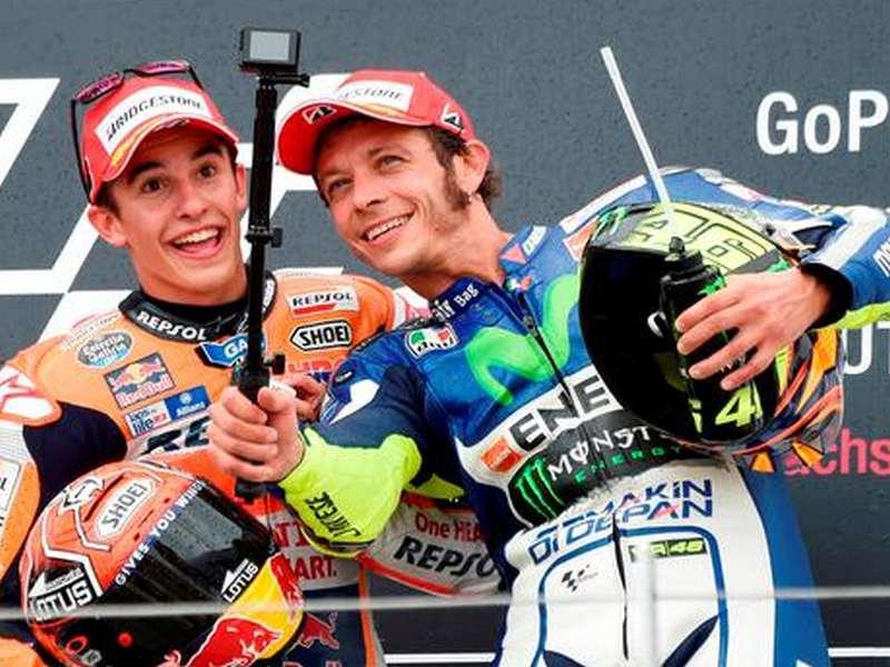 Tarif Selfie Dengan Rossi dan Marc Marquez