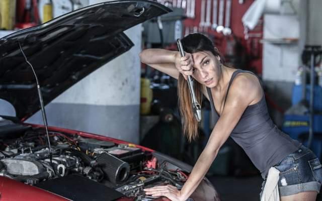Tips Merawat Mesin Mobil agar Awet dan Tidak Mudah Rusak