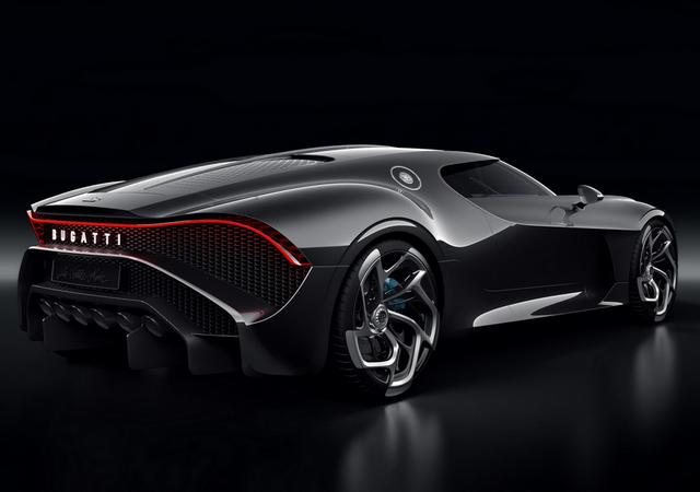 Gambar Mobil Bugatti La Voiture Noire 2019 Tampak Belakang