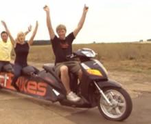 Inilah Motor Matik Terpanjang di Dunia – Video