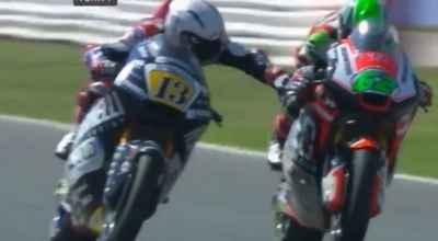 Aksi Romano Fenati Bahayakan Stefano Manzi Terekam Video Dan Di Kecam Pembalap MotoGP
